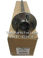 Rear Axle Assembly. 28 Spline 5 Bolt Pattern. Part# 3W1Z-4234-DA Genuine Ford OEM Part. Fits: 2003-2005 Crown Victoria